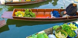 Tha Kha Floating Market